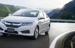 Honda Grace: японская грация