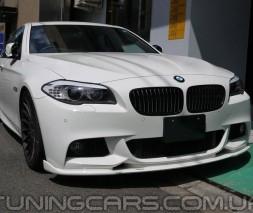 Накладка на передний бампер M Tech для BMW 5 F10, Диффузор БМВ Ф10