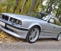 """Накладка на передний бампер BMW E34 """"АС Schnitzer"""", Юбка передняя БМВ Е34"""