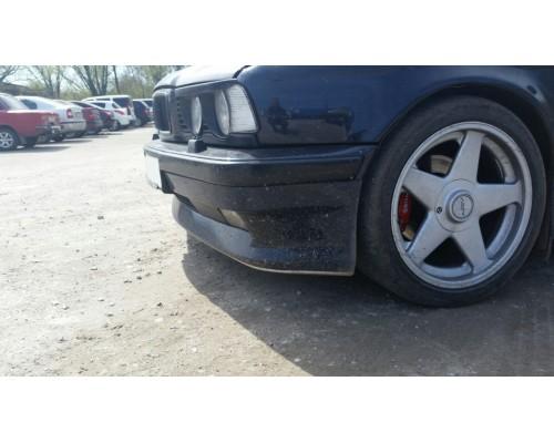 Накладка на передний бампер BMW 5 (E34) Шницер