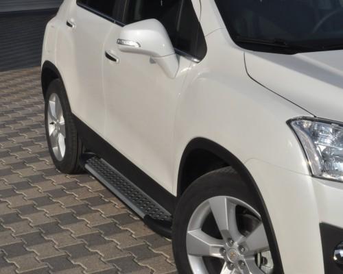 Пороги Chevrolet Trax (2013+) AB004 (Artemis Silver)