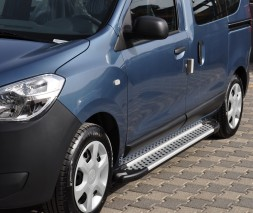 "Пороги Dacia/Renault Dokker [2012+] AB004 ""Artemis Silver"""