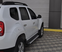 Пороги Dacia/Renault Duster [2010+] AB004 (Artemis Silver)