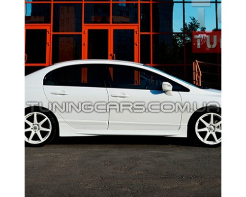 Накладки на пороги Honda Civic 4D 2008