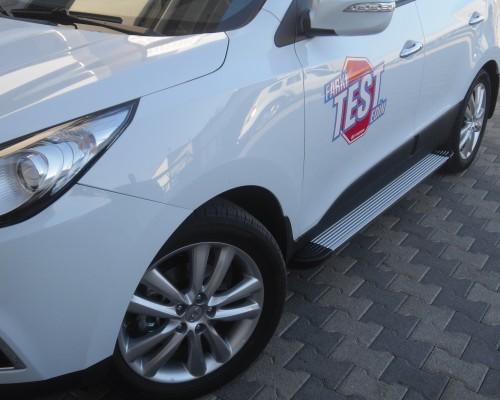 Пороги Hyundai ix35 (2010+) EB001 (Elegance Silver)