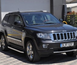 Пороги Jeep Grand Cherokee NS001 (Newstar Grey)