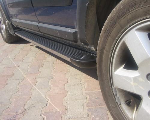 Пороги Land Rover Discovery EB002 (Elegance Black)