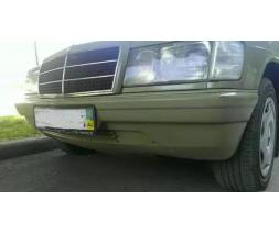 Бампер передний Mercedes 190 w201 завод