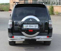Защита заднего бампера Mitsubishi Pajero [2006+] AK003 Double