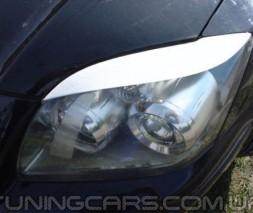 Накладки на фары (реснички) Toyota Avensis (06-08), Реснички Тойота Авенсис