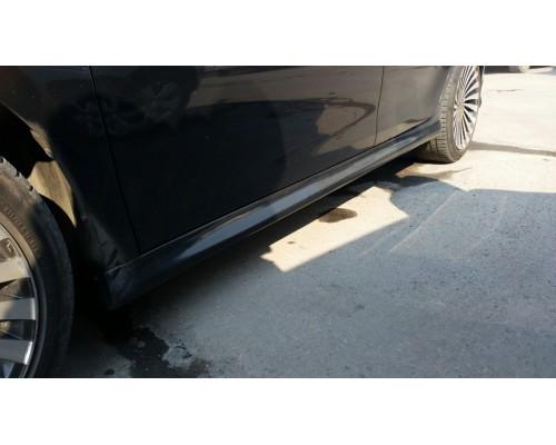 Накладки на пороги Toyota Camry 40