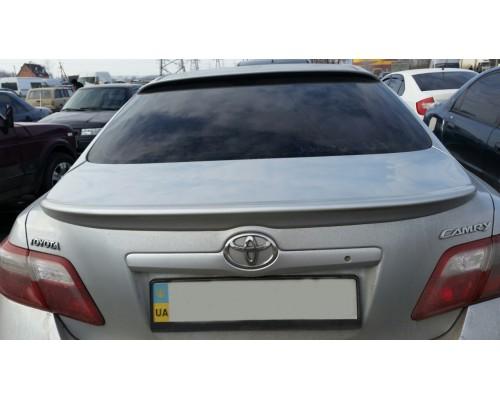 Спойлер Toyota Camry 40 Сабля
