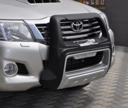 Кенгурятник Toyota Hilux [1999+] QT014