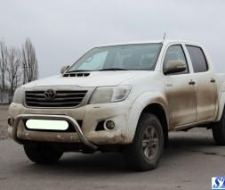 Кенгурятник Toyota Hilux WT007