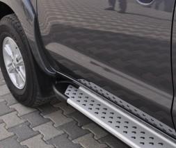 Пороги Toyota Hilux AB004 (Artemis Silver)