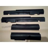 Накладки на пороги ВАЗ 2121 Нива (пластик)