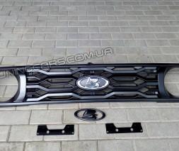 Решетка радиатора Нива Урбан Премиум завод (со значком)
