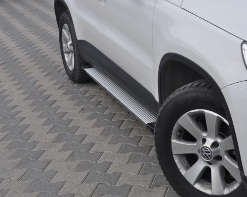 Пороги Volkswagen Tiguan EB001 (Elegance Silver)