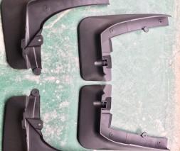 BMW X5 G05 (2019↗) Брызговики под оригинал для X-Drive (4 шт)