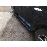 Боковые пороги Tayga V1 Black (2 шт., алюминий) для Dacia Duster 2008-2018