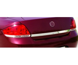 Fiat Linea 2006+ и 2013+ гг. Накладка над номером 2006-2012 (нерж) С дыркой под ключ