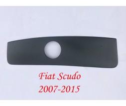 Fiat Scudo 2007-2015 гг. Зимняя решетка Глянцевая