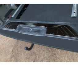 Mercedes Vito / V W447 2014+ гг. Накладка на порог багажника Черный Хром (нерж)