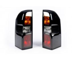 Nissan Patrol Y61 1997-2011 гг. Задние фонари DARK (2004-2008, 2 шт)