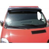 Козырек на лобовое стекло (черный глянец, 5мм) для Nissan Primastar 2002-2014