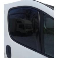 Opel Vivaro 2015-2019 Ветровики вставные (2 шт, HIC)