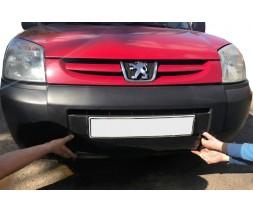 Peugeot Partner 1996-2008 гг. Зимняя решетка (2003-2008) Матовая
