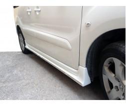 Peugeot Partner Tepee 2008-2018 гг. Боковые пороги (под покраску)