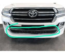Toyota LC 200 Передняя накладка на юбку для Executive 2019