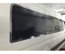 Volkswagen Crafter 2006-2017 гг. Полная окантовка стекол (нерж.)