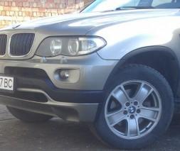 Накладка на передний бампер послерестайл (под покраску) BMW X5 E53 1999-2006