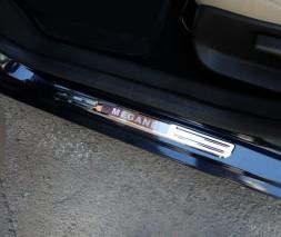 Беспроводные пороги с подсветкой (2 шт, нерж) Renault Megane II 2004-2009