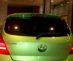 Спойлер (под покраску) Hyundai I-20 2008-2012