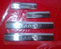 Накладки на пороги (Carmos, 4 шт, нерж) Mitsubishi Lancer X 2008