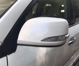 Крышки зеркал (с повторителем) Toyota LC 200